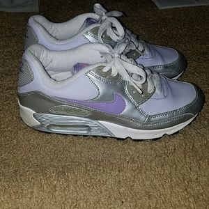 Nike air max youth size 5